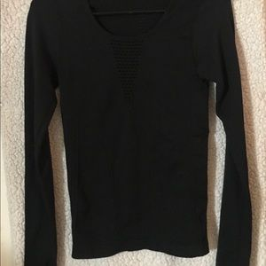 Fabletics Long Sleeved, Thumb Holed Active Wear